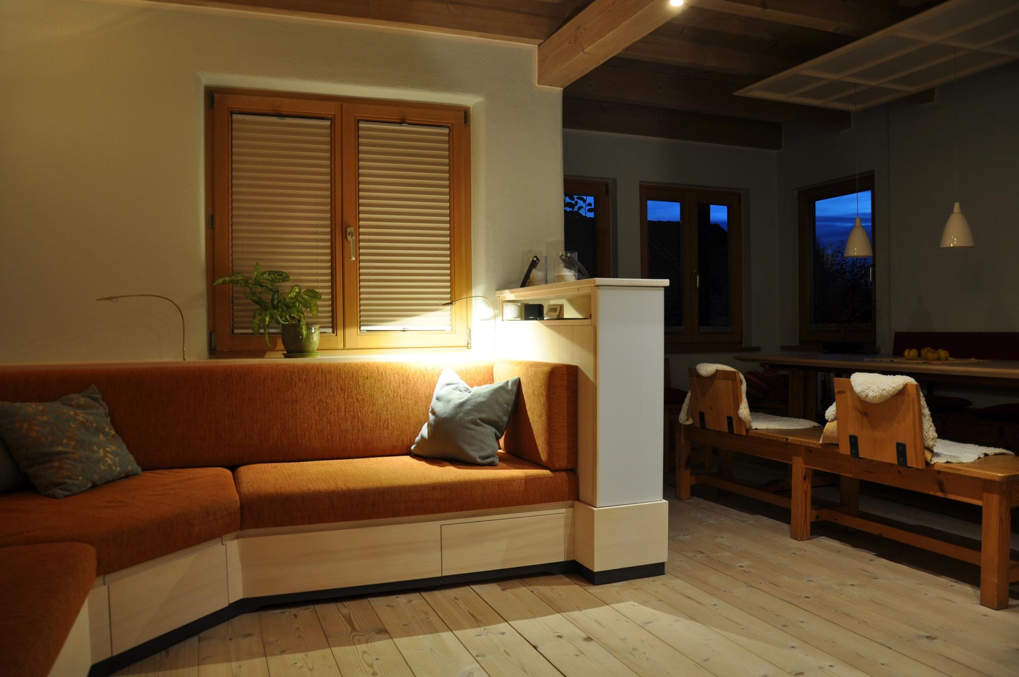 wohnzimmer couch michael daschner schreinerei murnau. Black Bedroom Furniture Sets. Home Design Ideas